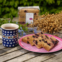 Blackcurrant-Flaxjacks