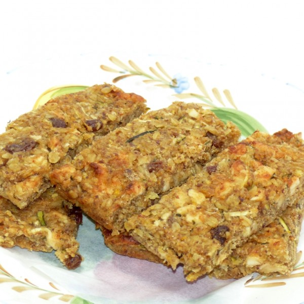 Courgette and apple cake flaxjack, sugar-free, gluten-free, vegan, dairy-free, saturated fat free; full of good stuff and amazingly delious